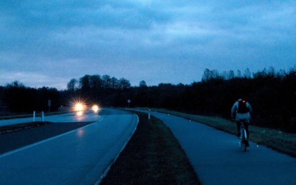 Citizen input inspired Furesø  to light its section of the Farum route with small light diodes. (Peter Hovmand, Plot Foto)